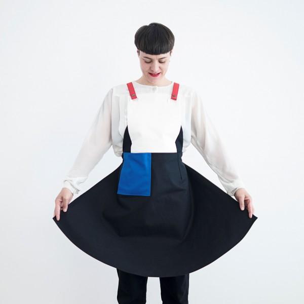 apron . BAUHAUS FUENF . GUSSWERK