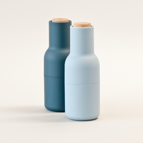 Salz- und Pfeffermühle Set . BOTTLE . NORM ARCHITECTS . blue